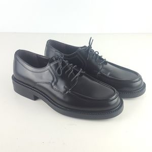 New Bass shoes mens black made in italy size 8m